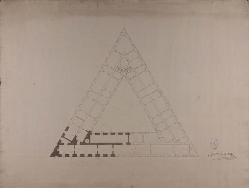 Planta principal inacabada de una casa para un particular dispuesta en la figura de un triángulo equilátero