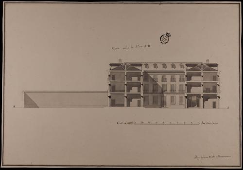 Sección AB de una casa de un rico comerciante sobre un sitio de 140 pies de fachada por 280 de fondo