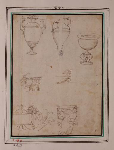 Estudio de vasos y molduras clasicistas