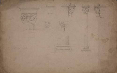 Capiteles y basas románicas del palacio de los reyes de Navarra en Estella