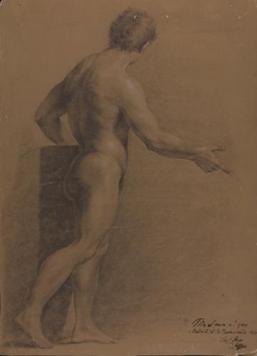 Estudio de modelo masculino desnudo de pie de perfil