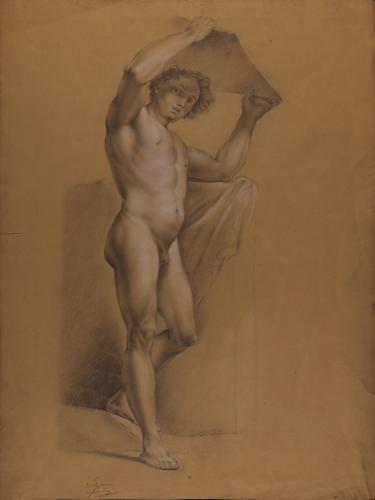 Estudio de modelo masculino desnudo sujetando una tabla sobre su cabeza